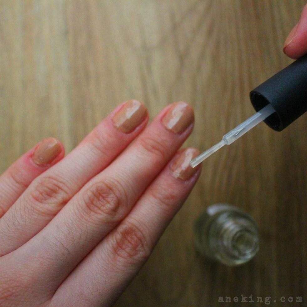 eyeshadow nail polish step 9