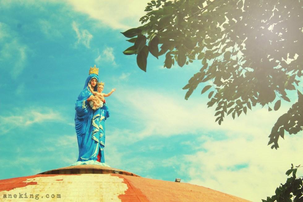 12 National Shrine of St Padre Pio mama mary