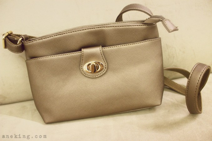 Jovanni brown sling bag