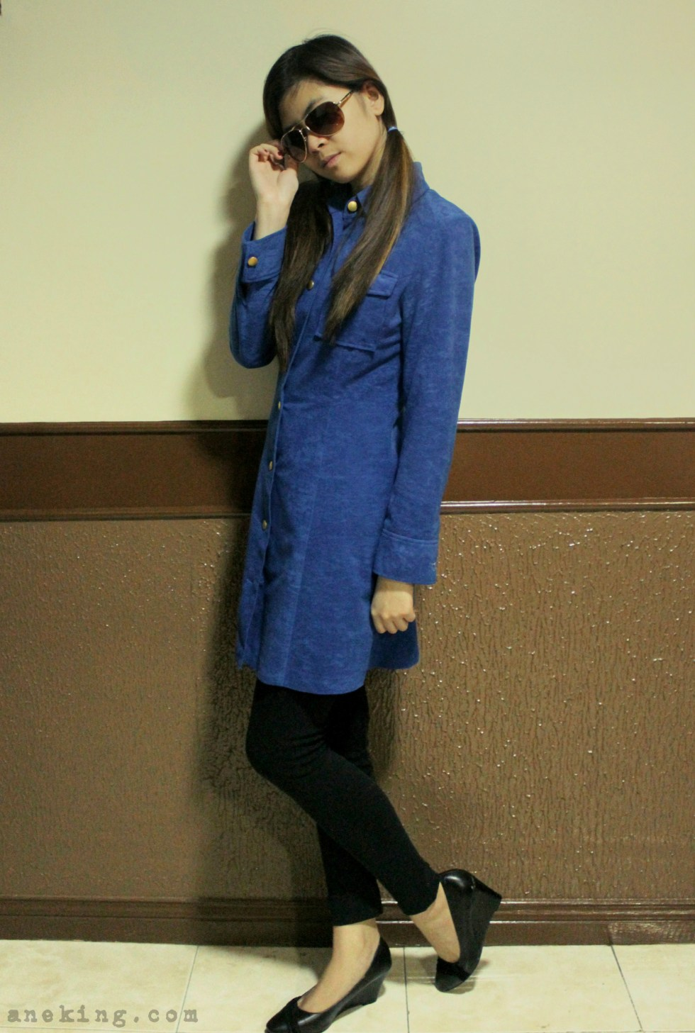 ways to wear blue coat 5