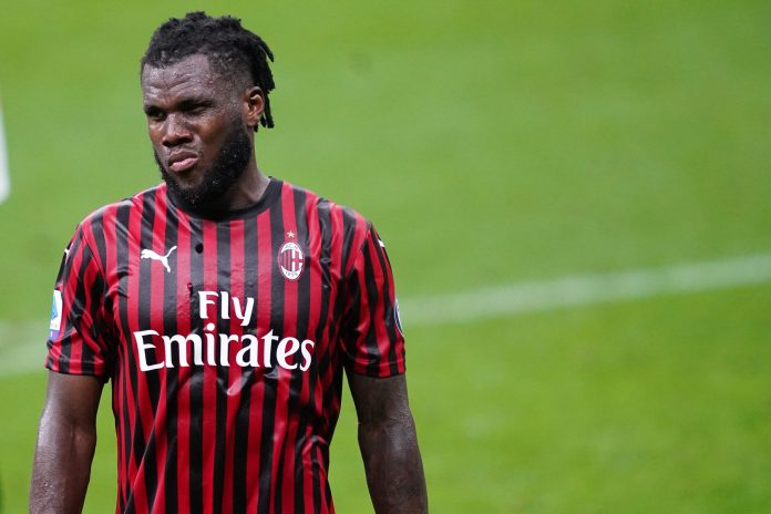STADIO GIUSEPPE MEAZZA, MILANO, ITALY - 2020/07/24: Franck Kessie of Ac Milan during the Serie A match between Ac Milan and Atalanta Bergamasca Calcio. The match end in a tie 1-1. (Photo by Marco Canoniero/LightRocket via Getty Images)