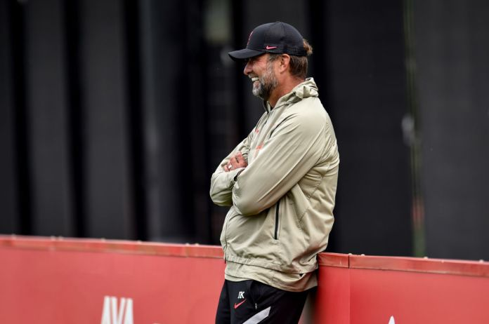 KIRKBY, ENGLAND - AUGUST 11: (THE SUN OUT, THE SUN ON SUNDAY OUT) Jurgen Klopp manager of Liverpool during a training session at AXA Training Centre on August 11, 2021 in Kirkby, England. (Photo by Andrew Powell/Liverpool FC via Getty Images)