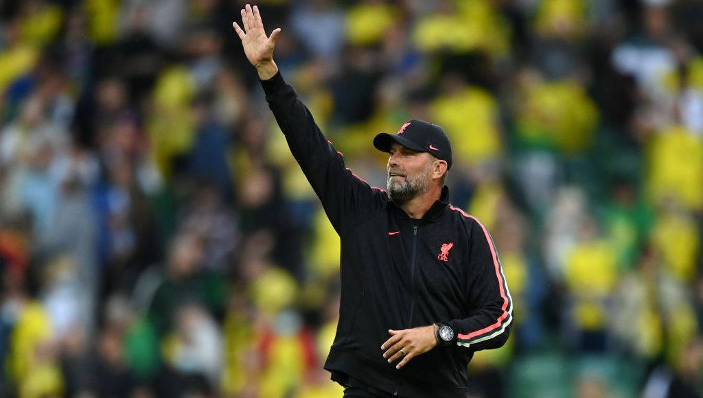 NORWICH, ENGLAND - AUGUST 14: Jurgen Klopp, Manager of Liverpool acknowledges the fans following victory in the Premier League match between Norwich City and Liverpool at Carrow Road on August 14, 2021 in Norwich, England. (Photo by Shaun Botterill/Getty Images)