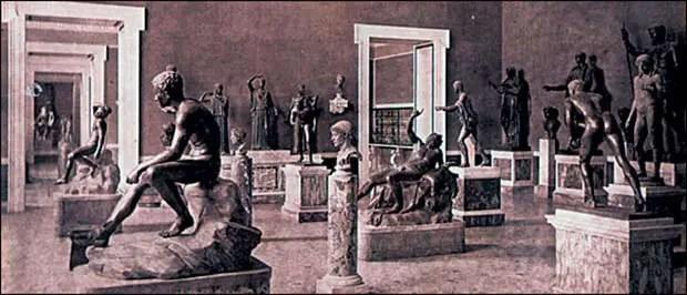 Bronces de la Villa de los Papiros