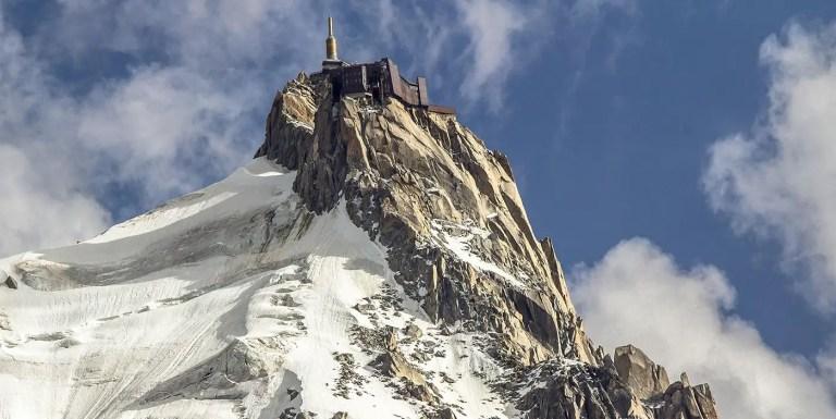 Aiguille du Midi, la fortaleza en la cima del Mont Blanc
