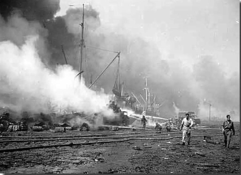 Fotografía del bombardeo de bari, Las consecuencias del mismo llevaron a descubrir un tratamiento contra el cáncer linfático.