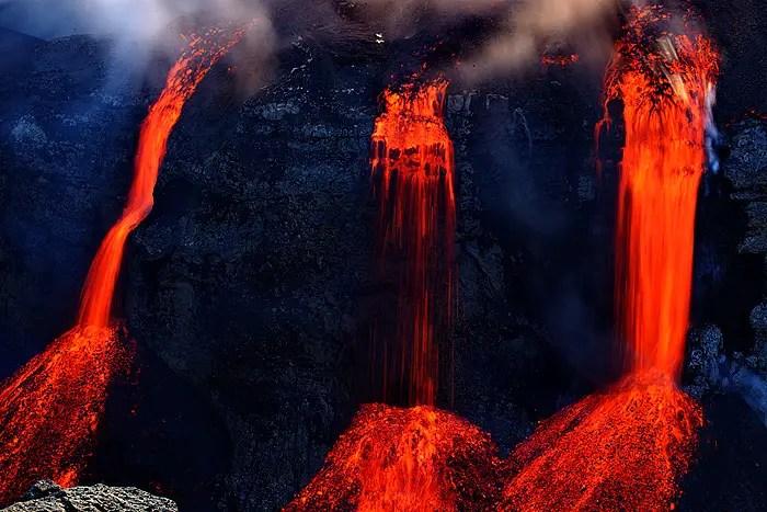 Fotografía de las cascadas de lava.