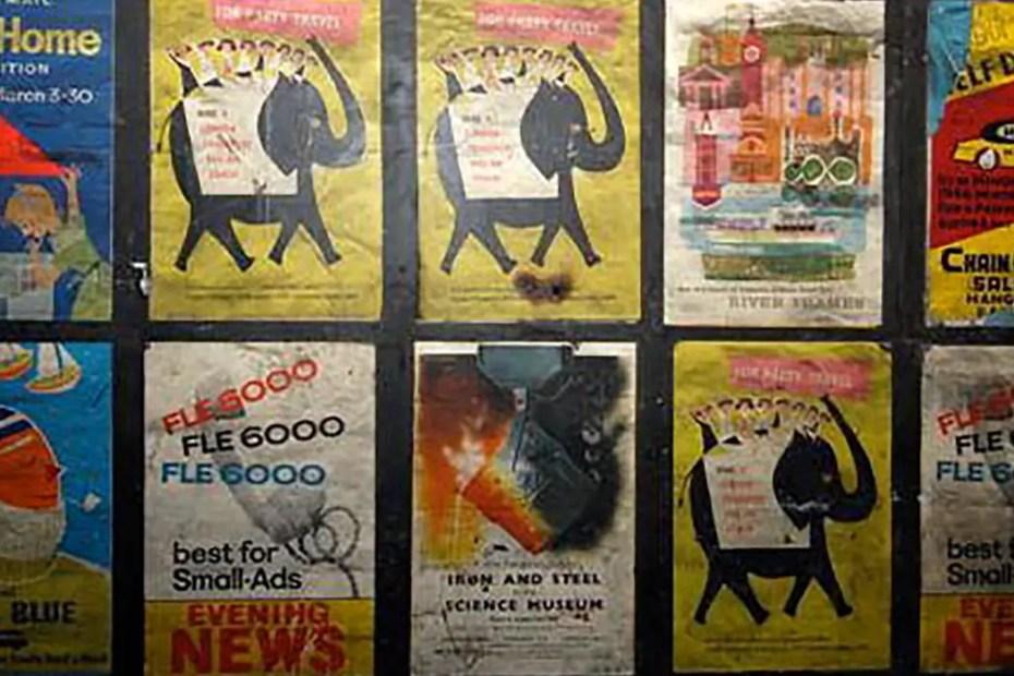 Fotografía de los carteles publicitarios antiguos.