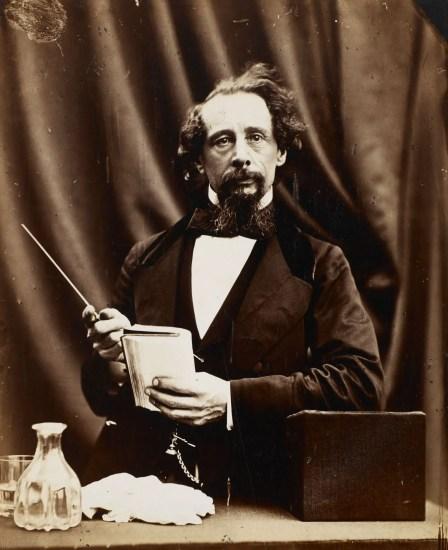 Fotografía de Charles Dickens.