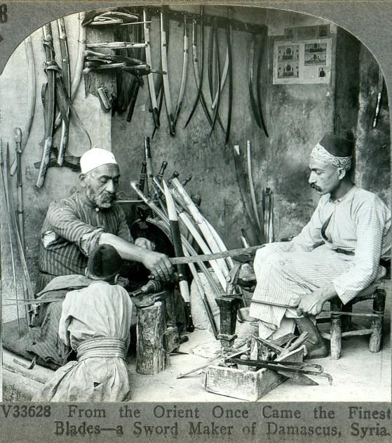 Fotografía antigua de dos guerreros sirios.