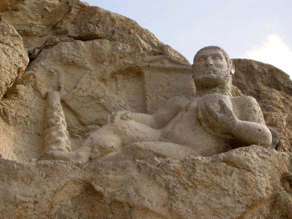 Fotografía del Hércules de la Montaña.