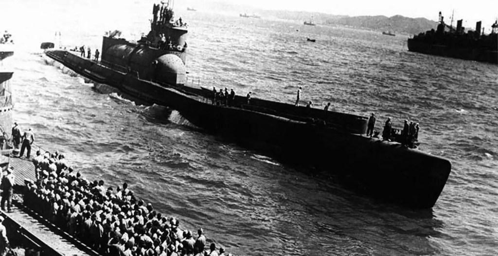 Submarino I-400