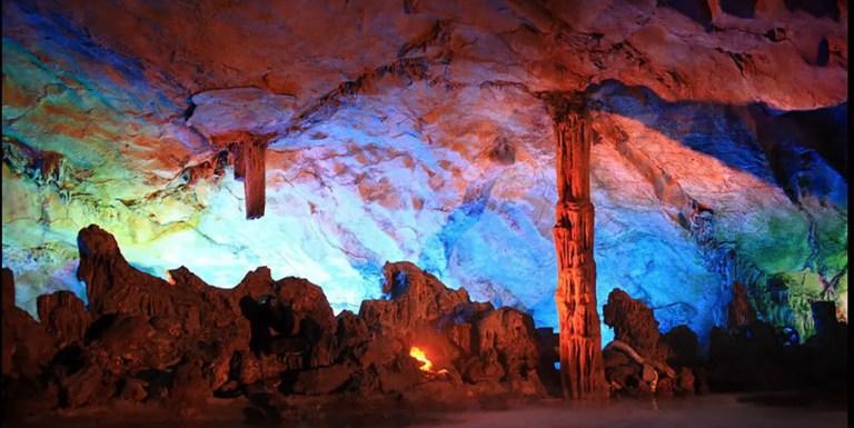 La cueva Flauta de caña en China, el bello palacio de arte de la naturaleza
