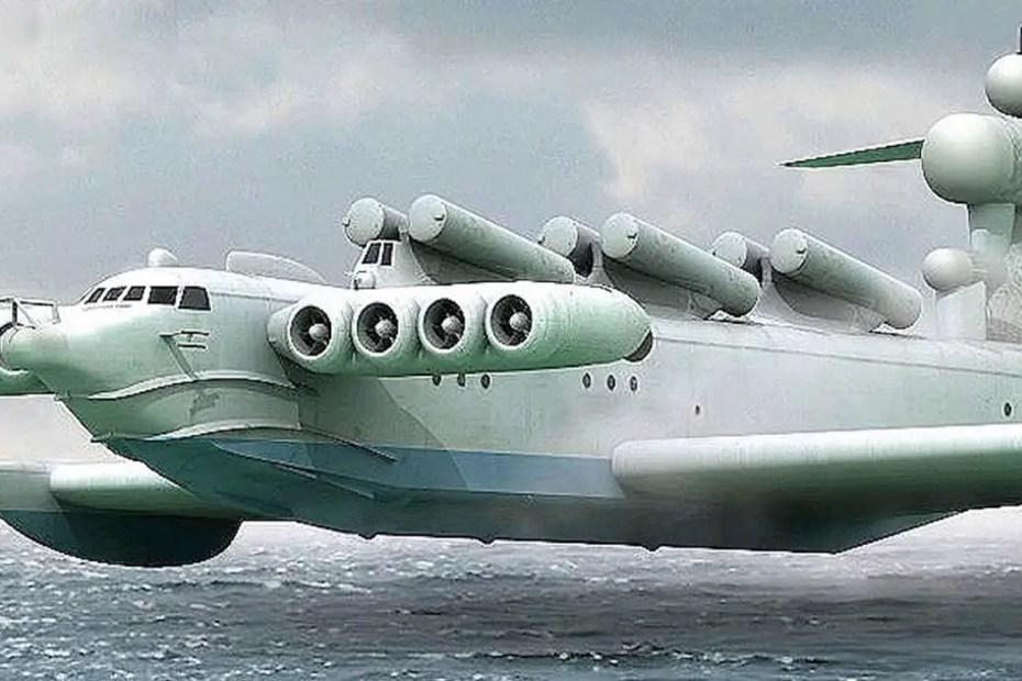 El ekranoplan volando al ras del mar.