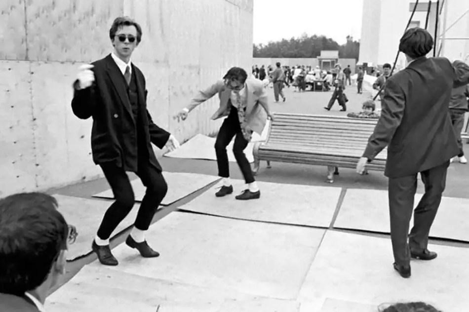 El rock era muy común entre los stilyagi, razón por la cual se armaban competencias para practicar pasos de baile.