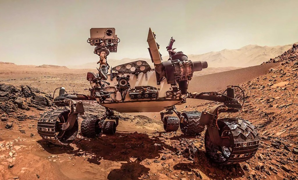 Imagen frontal del rover Curiosity.