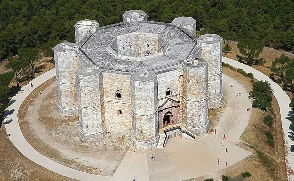 Vista aérea del Castel del Monte.
