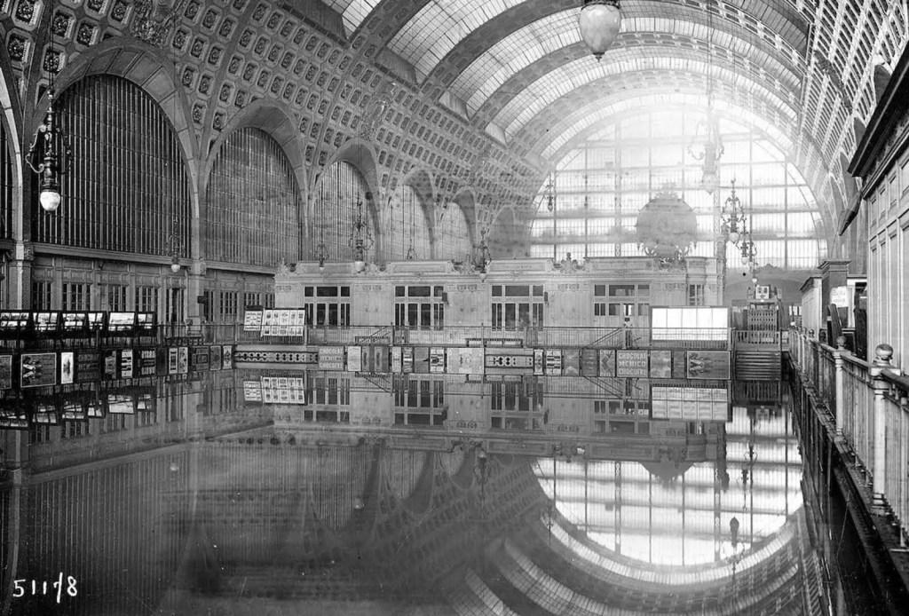 El interior del Musée d'Orsay completamente inundado.