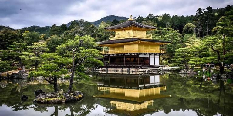 Kinkaku-ji, Templo el Dorado japonés laminado en oro