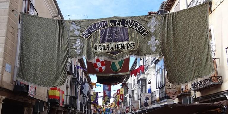 Del mercado medieval de Alcalá de Henares al mercado de Mae Klong