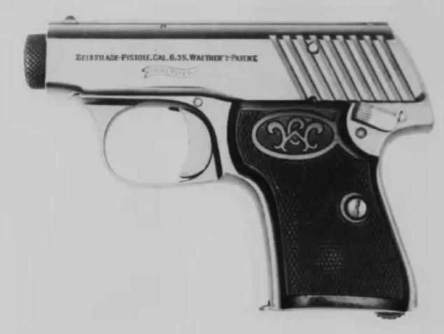 Fotografía del lado de una Walther modelo 2.