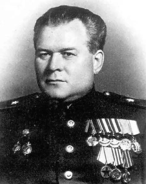 Retrato de Vasili Blokhin, el monstruo de la masacre de Katyn.