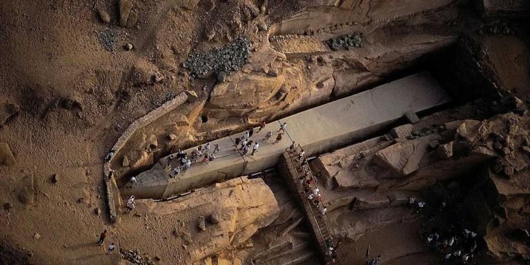 Desenterrando el obelisco egipcio más grande alguna vez construido