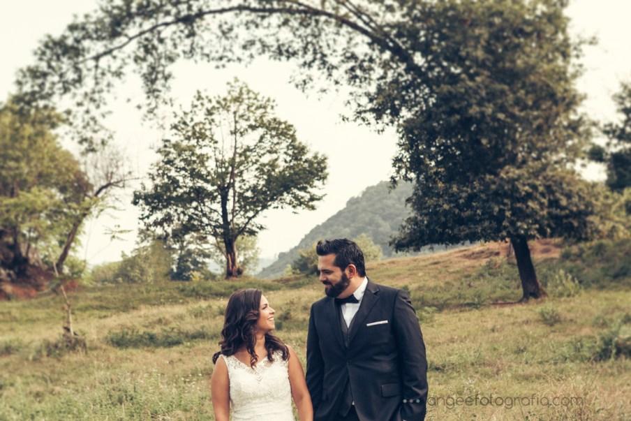 Postboda de Jessica y Christian por Angela Gonzalez Fotografía en Las Caldas, Asturias