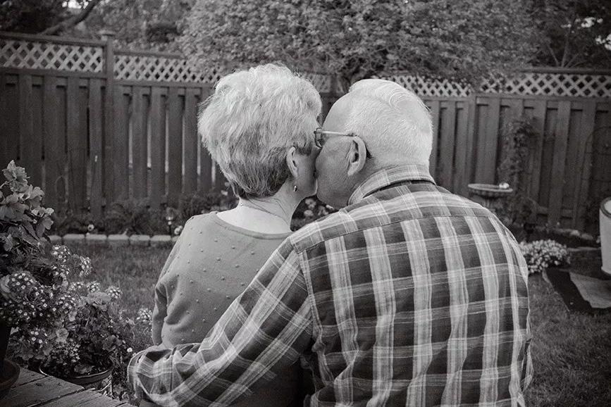 keith and marg backyard couple black and white