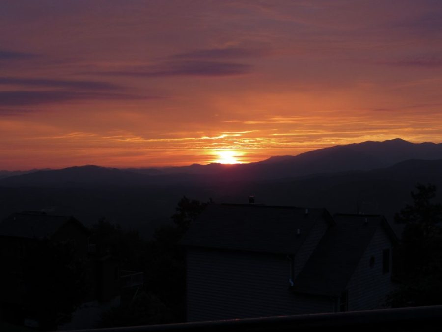 Sunrise Over the Smoky Moutains