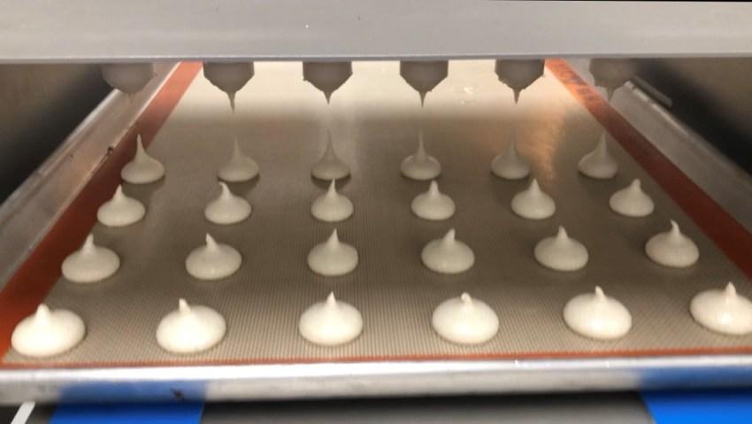 Depositing Macaron Shells