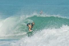 Hawaiian grom Surfer - MaiKai Burdine - Click pic for more