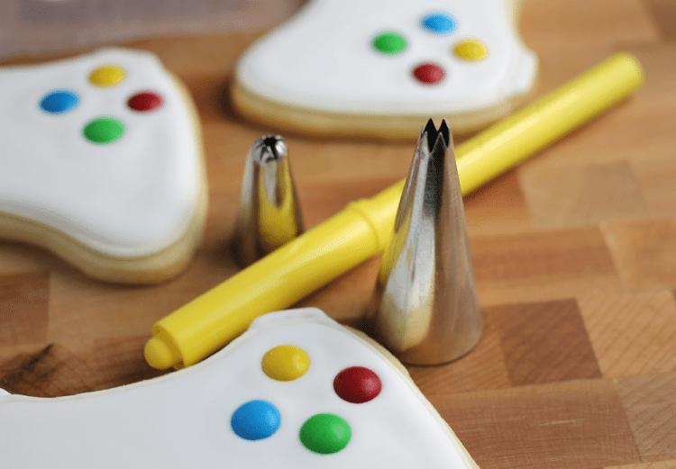 xbox-sugar-cookies-joystick-stencil