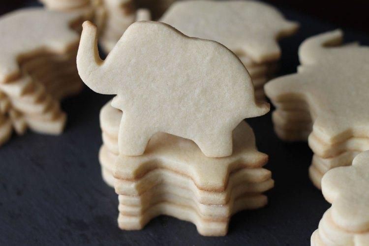 ElephantSugarCookies02