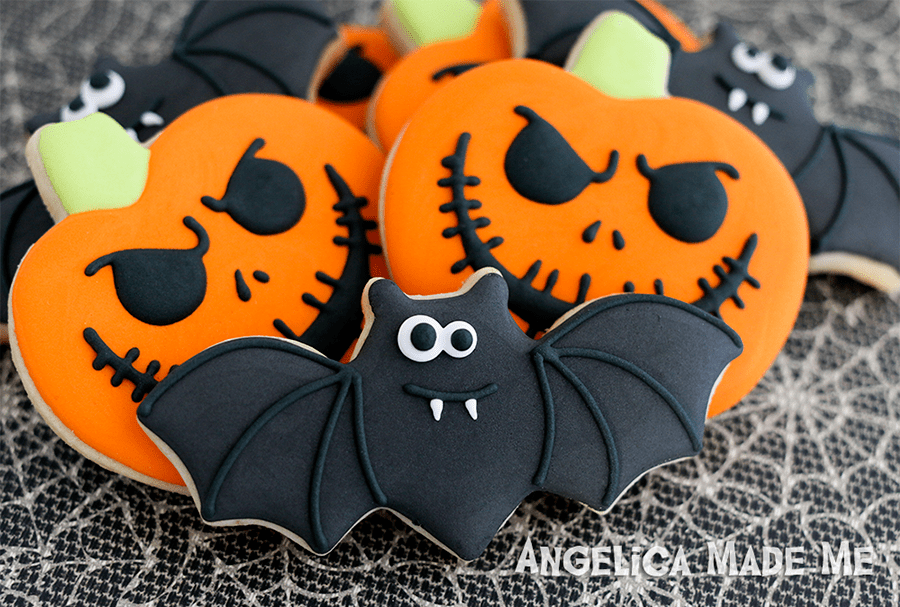 Halloween-Bats-Pumpkin-cookies-angelica-rubalcaba