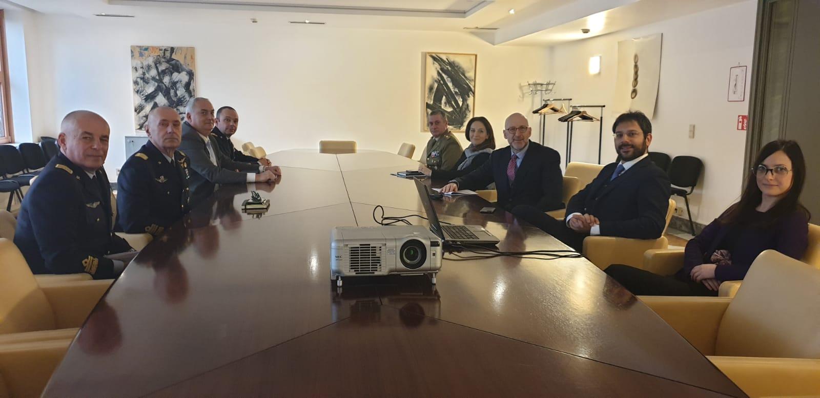Visita alla Rappresentanza permanente d'Italia presso l'Unione europea - m5stelle.com - notizie m5s
