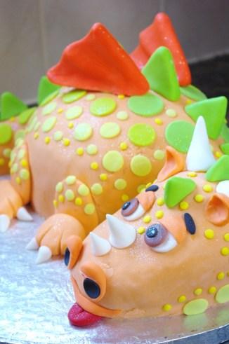 novelty dragon cake