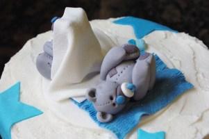 hand made sugar paste bears, hand made fondant bears, baby shower cake