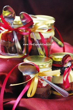 cupcake-in-a-jar, red velvet, chocolate, steampunk