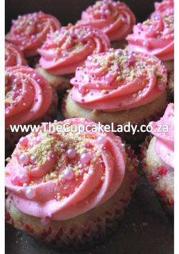 strawberry heaven cupcake, white chocolate truffle, secret centre