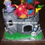 Cake artist, sugar artist, Vorna Valley, Midrand. custom made sugar paste dragon, castle cake, novelty cake, princess, knight