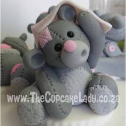 sugar paste, fondant, cake topper, hand made, bear, pink and grey, peek-a-boo