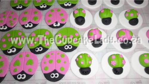 ladybirds, ladybugs, custom sugar paste, cupcake toppers