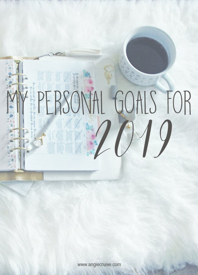 It's a new year! That means it's time for a new set of personal goals. Need some inspiration for the new year? Check out my list of goals here! #personalgoals #goalsetting #newyearsresolutions