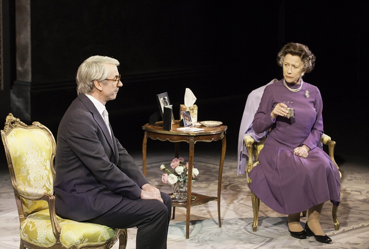 Paul Ritter as John Major and Helen Mirren as Queen Elizabeth II. Photo by Johan Persson, courtesy National Theatre