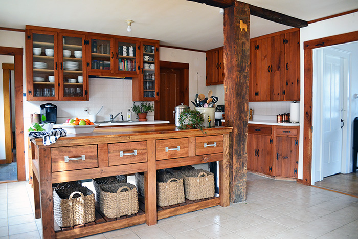 How To Build A Rustic Kitchen Island Part 2: Finishing And A Budget    Angieu0027s Roost