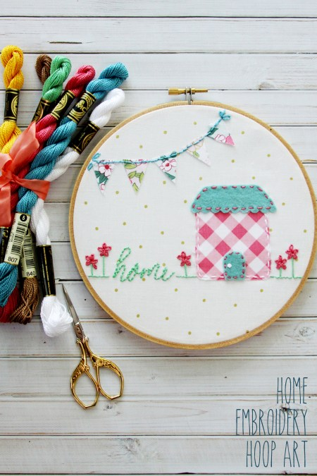 Sweet Embroidery Hoop Art - Flamingo Toes