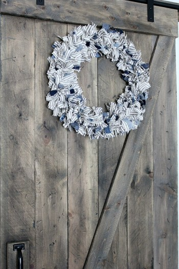 How To Make A Ticking Stripe Wreath | Noting Grace