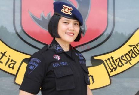 Bripda Ega Pesik, Gadis Belia Penjinak Bom Pasukan Gegana