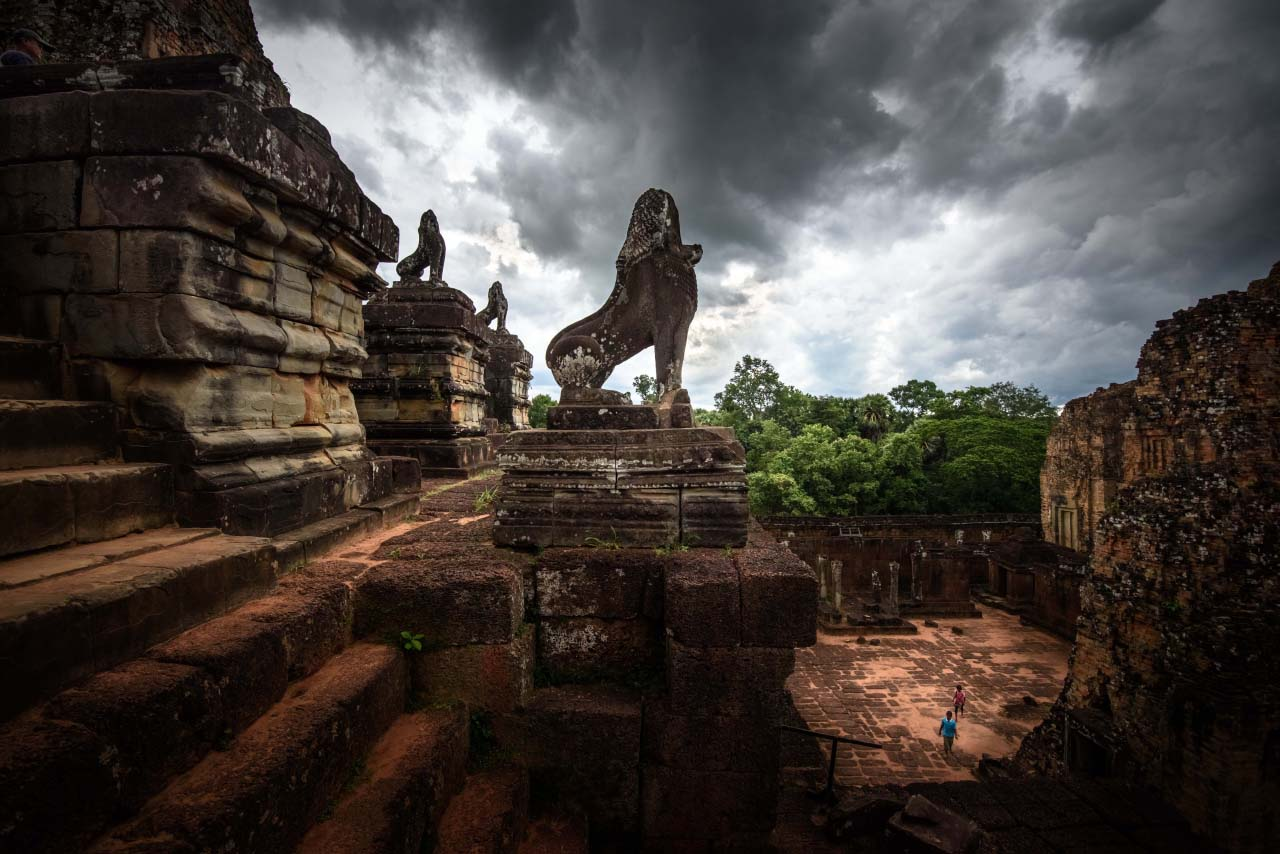 lion_temple_angkor